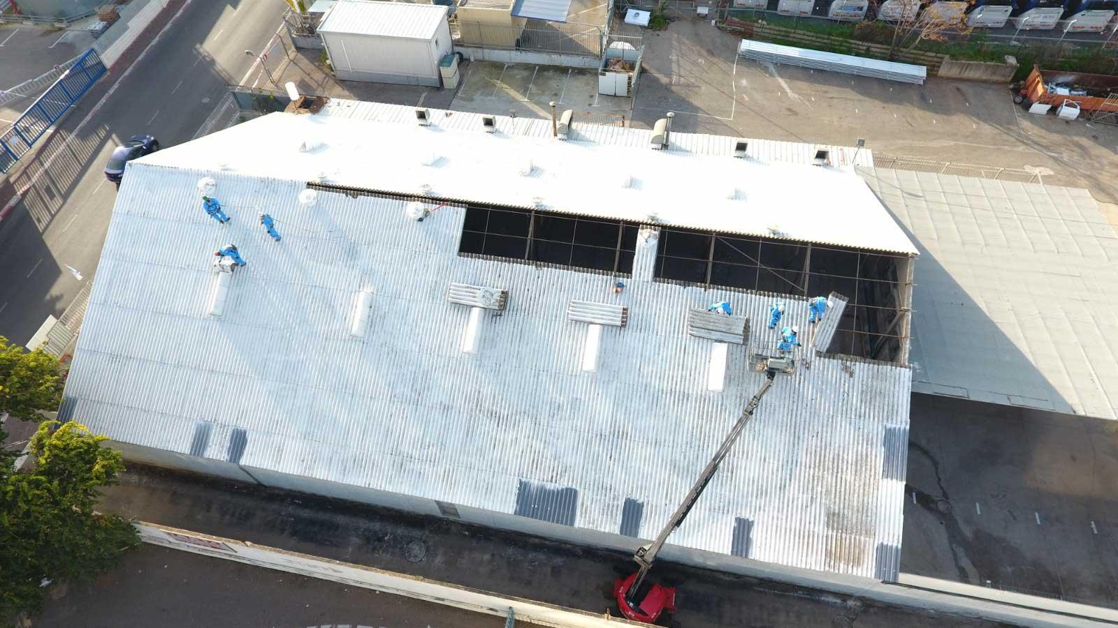 מאיר חברה למכונות ומשאיות בעמ החלפת גג אסבסט לאיסכורית 1100 מר