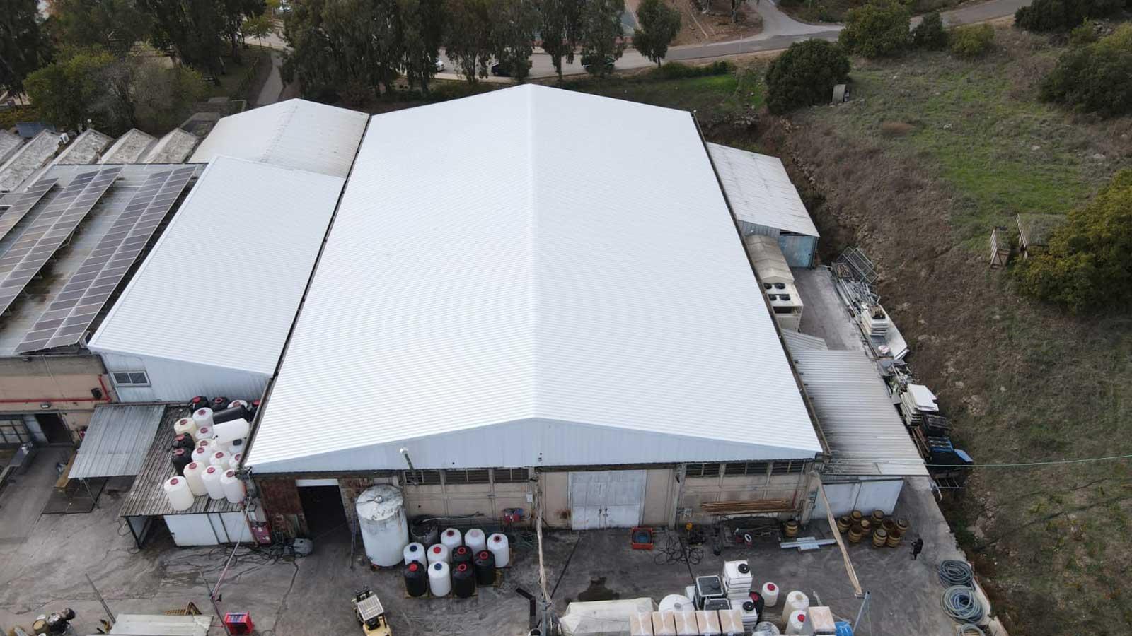 קיבוץ עין זיון מתחם עסקים החלפת גגות אסבסט לפאנל מבודד 3000 מר