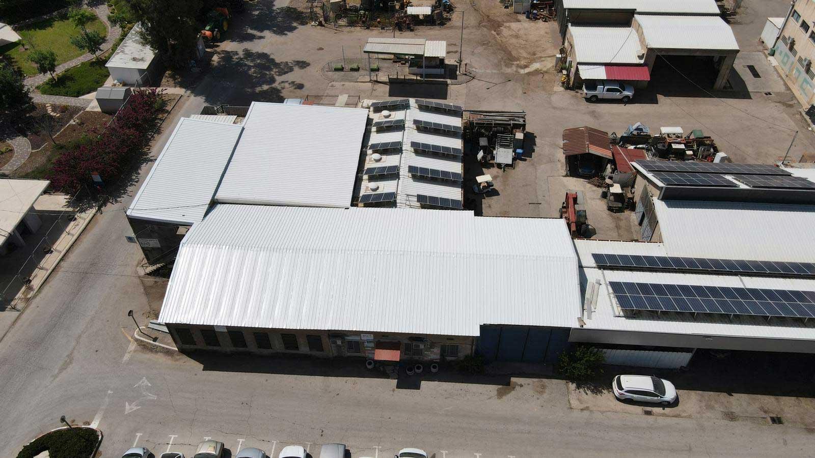 קיבוץ מזרע מפעל אלקטרה החלפת גג אסבסט לפאנל מבודד צמר סלעים 4000 מר